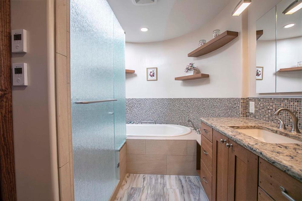 bathroom renovations loftus