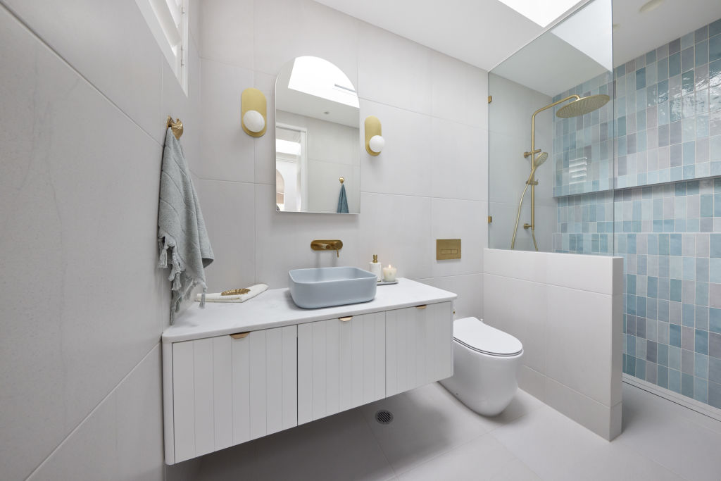 Kirsty and Jesse's (almost) all-white bathroom