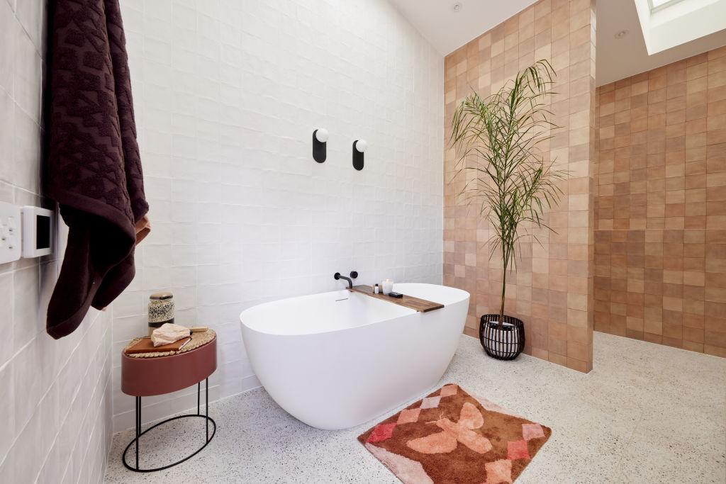 tanya bathroom